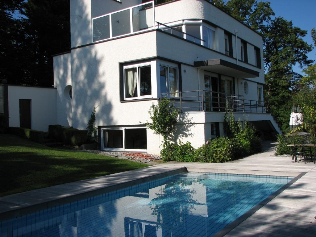 Villa und Schwimmbad